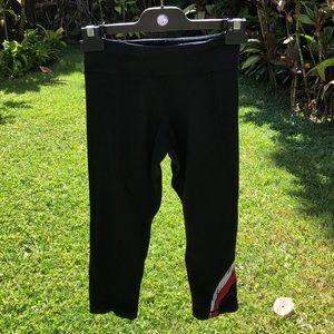 Lululemon size 4 Capri pants